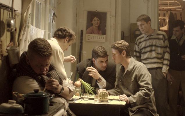 кадр из фильма о Довлатове